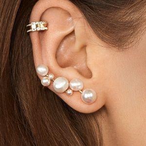 NWOT Anthropologie baublebar pearl earrings